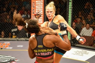 Holly Holm beating Ronda Rousey